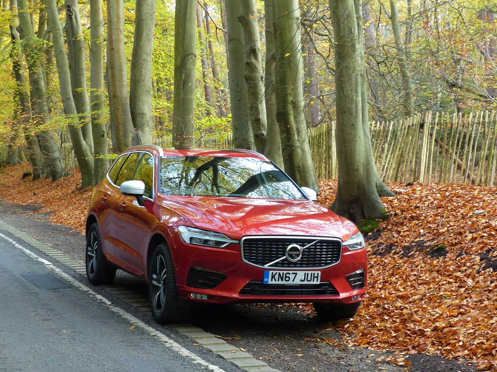 road test volvo xc60 the safest car in the world vantagepoint magazine. Black Bedroom Furniture Sets. Home Design Ideas